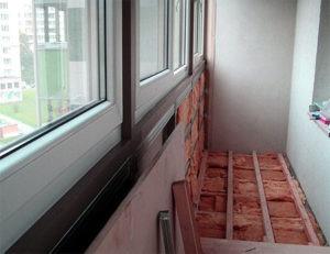 Пол балкона, утеплённый минеральными плитами