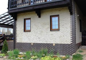 Термопанели для облицовки фасадов используют не только для жилых домов