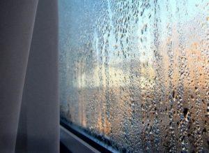 влага на стекле в квартире
