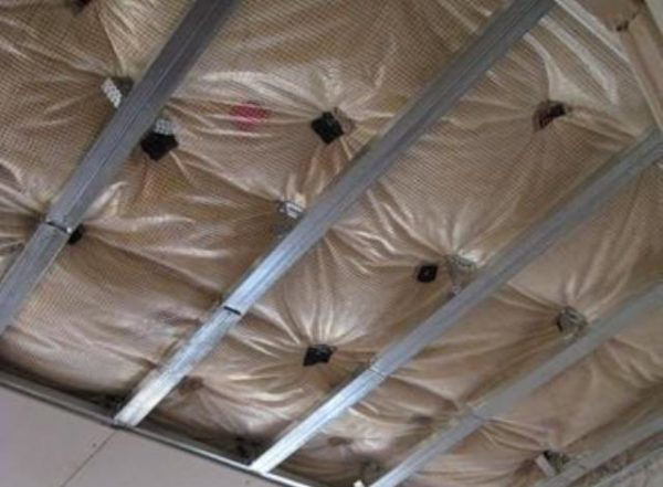 мембрана для изоляции потолка