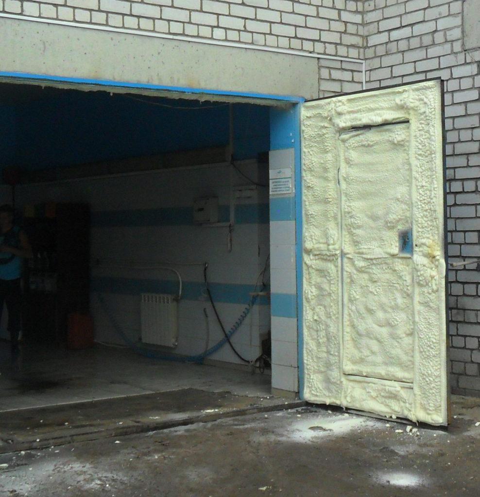 утепление гаражных ворот пенополиуретаном