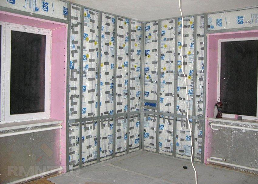 Пример внутреннего утепления угла квартиры минватой